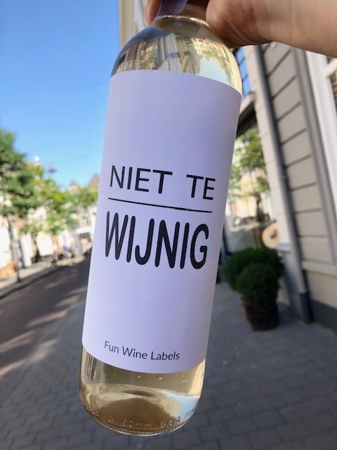 Wijnetiket Niet Te Wijnig