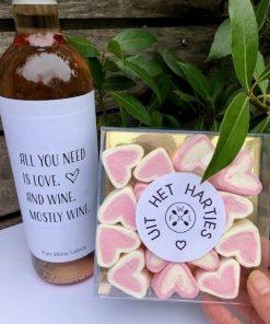 Wijn & Liefde Pakket met een fles rose