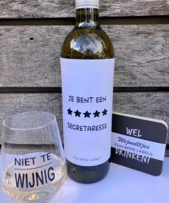 wijnpakket secretaressedag proost met secretaresse wijnetiket