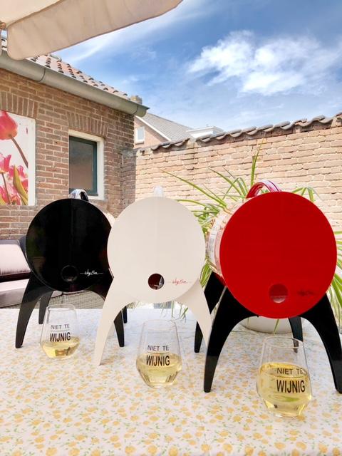 Wijnbar Winy Bar in drie kleuren
